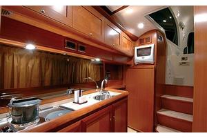 44' Mochi Craft 44 Dolphin 2007 Manufacturer Provided Image: Galley
