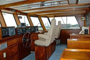 74' Infinity Cockpit Motor Yacht 2001 Pilothouse Helm View 1
