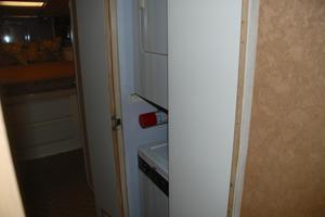 60' Bertram Convertible 1991 Washer Dryer