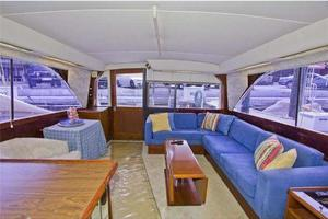 48' Ocean Super Sport 1988 Salon Aft