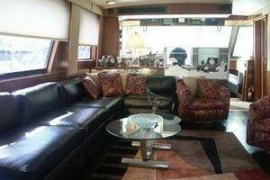 61' Hatteras Cockpit Motor Yacht 1981 Salon