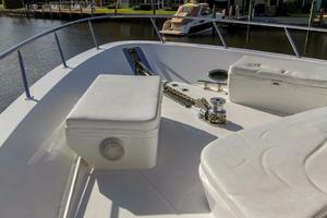98' Westport/westship Cpmy 1992 FORWARD DECK