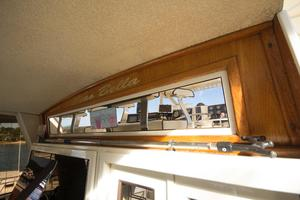 50' Viking 50 Cockpit Motoryacht 1985