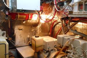 57' Wellington Pilothouse 1989 Northern Lights generator #2 12KW