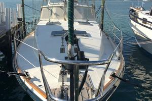 57' Wellington Pilothouse 1989 Deck