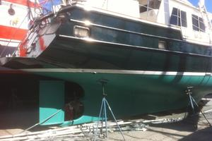 57' Wellington Pilothouse 1989 Protected Rudder - keel