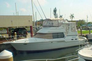 40' Carver 404 Cockpit Motor Yacht 1999 Port fwd