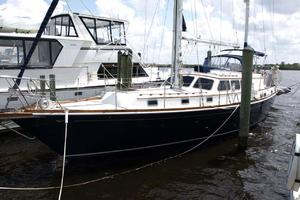 47' Gulfstar 47 Sailmaster 1979 Port fwd