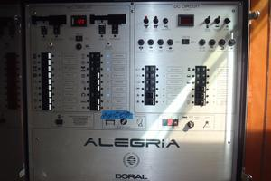 45' Doral Alegria 2006 Electrical panel