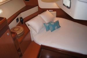 49' Beneteau 49 2008 Aft cabin berth