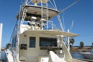 55' Hatteras Convertible 1985 Aft Deck & Tower