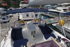 42' Jeanneau Sun Odyssey 42 Ds 2009 Cockpit facing aft