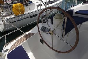 42' Jeanneau Sun Odyssey 42 Ds 2009 Port Helm
