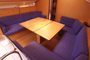 42' Jeanneau Sun Odyssey 42 Ds 2009 Salon Table Expanded