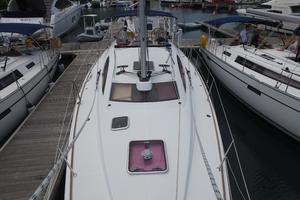 42' Jeanneau Sun Odyssey 42 Ds 2009 Looking aft from the bow
