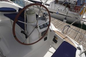 42' Jeanneau Sun Odyssey 42 Ds 2009 Starboard Helm