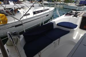 42' Jeanneau Sun Odyssey 42 Ds 2009 Port Cockpit seating