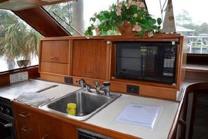 48' Ocean 48 Motor Yacht 1989 Galley