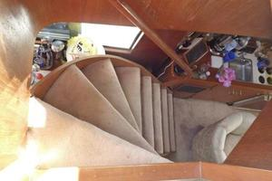 48' Ocean 48 Motor Yacht 1989 Staircase from Flybridge Salon to