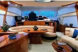 58' Azimut 58 2002 Manufacturer Provided Image
