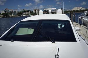 54' Savannah Hinckley Express Cruiser 2008 Sun Roof Radar Arch