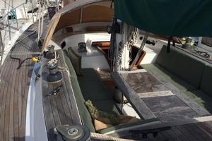 75' Naval Yachts Schooner 1980 Looking forward from helm