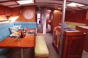 75' Naval Yachts Schooner 1980 Salon