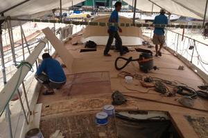 75' Naval Yachts Schooner 1980 Installing new teak decks