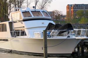 54' Viking 54 Sports Yacht 1993