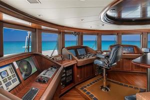 180' Newcastle 5500 Series 2011 Pilothouse