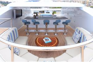 180' Newcastle 5500 Series 2011 Sun Deck Bar