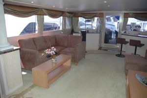 108' Broward Motor Yacht 1995 Salon
