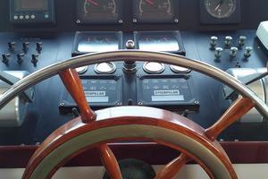 61' Huckins Atlantic 1965 Helm
