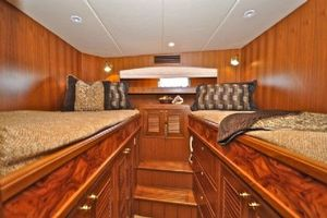 64' Out Island Trawler 2015 Guest Stateroom