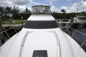 56' Sea Ray 560 Sedan Bridge 2000 Fore Deck