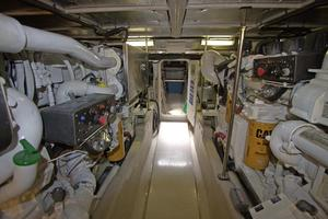 56' Sea Ray 560 Sedan Bridge 2000 Spacious Engine Room
