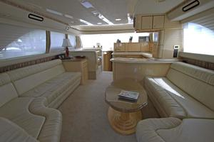 56' Sea Ray 560 Sedan Bridge 2000 Tidy Interior