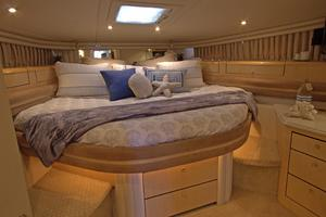 56' Sea Ray 560 Sedan Bridge 2000 Master Stateroom
