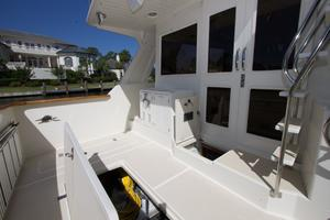 54' Offshore Pilothouse Hull #64 2005 Cockpit