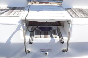 41' Hunter 41 Deck Salon 2007 Folding Steps