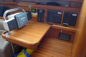 41' Hunter 41 Deck Salon 2007