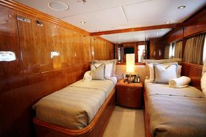 100' Hargrave Raised Pilothouse 2009