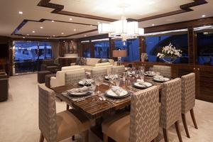 100' Hargrave Raised Pilothouse 2016 Dining