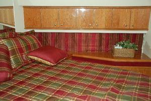 56' Neptunus 56' 2006 VIP Cabin