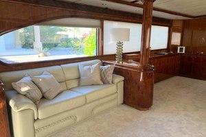 91' Tarrab Tri Deck My 2012 SalonSofa