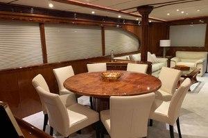 91' Tarrab Tri Deck My 2012 DiningArea