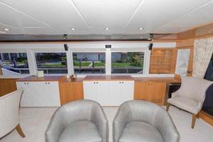 93' Johnson Rph W/on-deck Master 2017 Salon looking to starboard