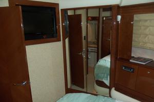 65' Marquis Flybridge 2006 VIP TO PORT