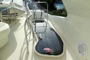 65' Marquis Flybridge 2006 FLYBRIDGE ENTRY HATCH - CLOSED
