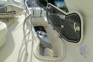 65' Marquis Flybridge 2006 FLYBRIDGE ENTRY